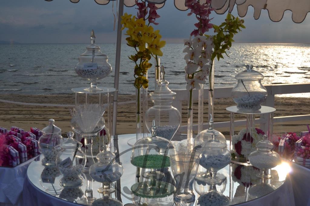 ef30e818c5cb confettata in riva al mare. Un matrimonio in spiaggia organizzato da Sohal  ...