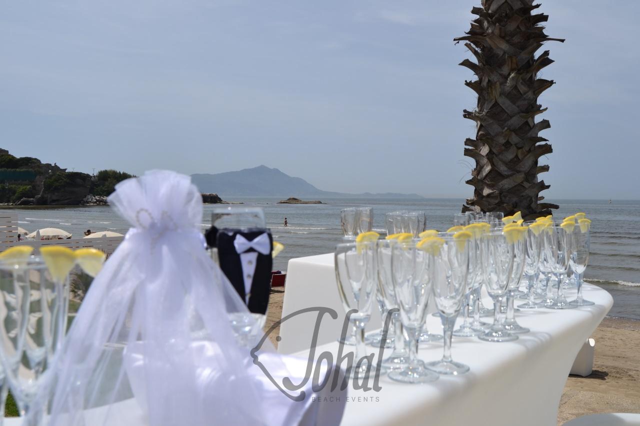 Matrimonio Spiaggia Invitati : Matrimonio in spiaggia napoli il brindisi agli sposi sohal