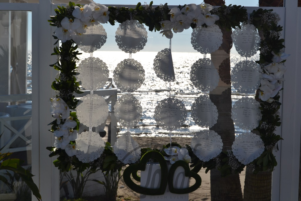 tableau romantico di un matrimonio shabby chic in riva al mare sohal. Black Bedroom Furniture Sets. Home Design Ideas