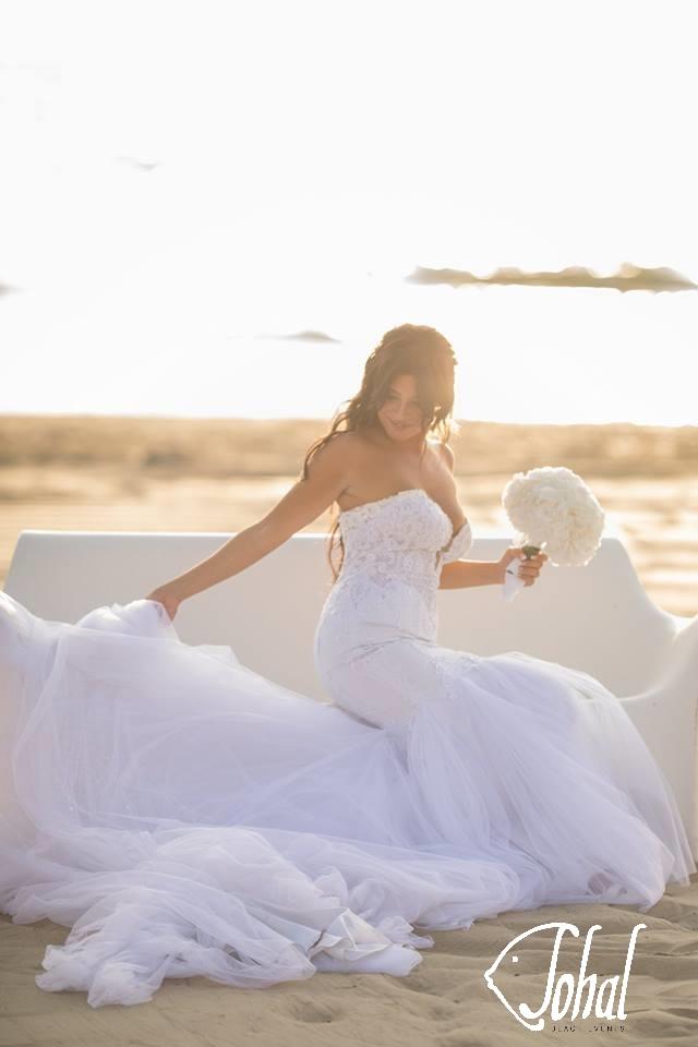 abito nuziale per matrimonio in spiaggia